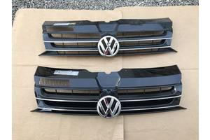 б/у Решётка радиатора Volkswagen Multivan