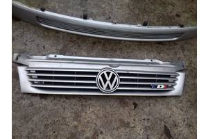 б/у Решётки радиатора Volkswagen Multivan