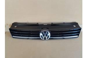 б/у Решётки радиатора Volkswagen Polo 5D