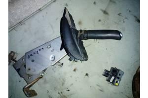 б/у Ручки ручника Renault Laguna II