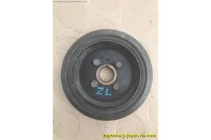б/у Шкивы коленвала/распредвала Mazda 323