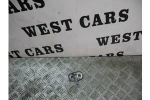 б/у Петля двери Peugeot Partner груз.