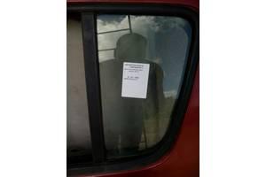 б/в скло двері Renault Sandero