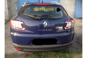б/у Стекло лобовое/ветровое Renault Megane III