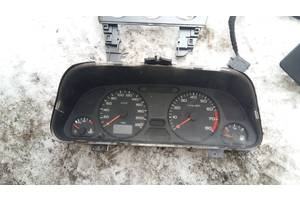 б/у Тахометры Peugeot 306