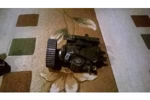 б/у Топливный насос высокого давления/трубки/шест Mazda 323F