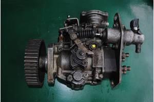 б/у Топливные насосы высокого давления/трубки/шестерни Renault 21