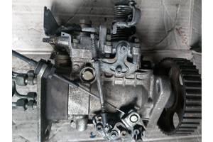б/у Топливный насос высокого давления/трубки/шест Volkswagen Passat B3