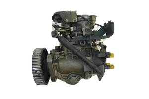 б/у Топливные насосы высокого давления/трубки/шестерни Volkswagen Passat B3