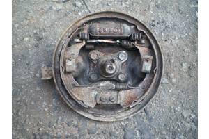 б/у Тормозной механизм Mazda 121