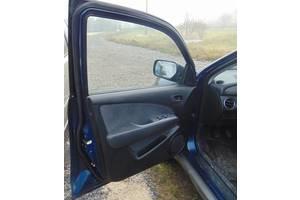 б/у Уплотнитель двери Mitsubishi Outlander