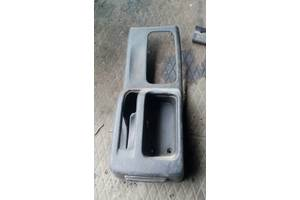 б/у Внутренние компоненты кузова Mitsubishi Pajero Pinin