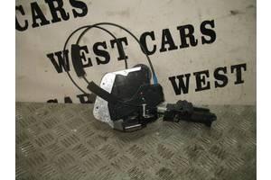 б/у Замок двери Toyota Avensis