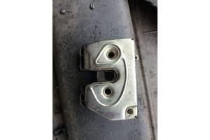 б/у Замки крышки багажника Volkswagen Golf IIІ
