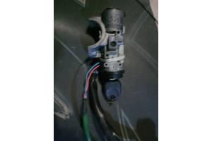 б/у Замки зажигания/контактные группы Hyundai Accent