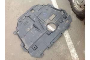 б/у Защиты под двигатель Toyota Avensis