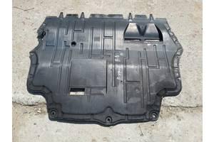б/у Защиты под двигатель Volkswagen В6