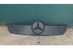 б/у Брызговики и подкрылки Mercedes Sprinter 313