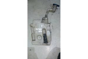 Бачки омывателя Volkswagen Caddy