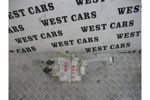 б/у Бачок омывателя Toyota Rav 4