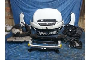 б/у Фара Peugeot 3008