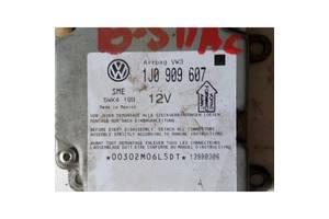 Блок управления AirBag Volkswagen B5