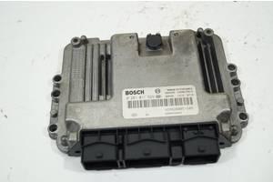 б/у Блок управления двигателем Renault Trafic