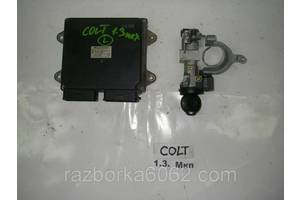 Блок управления двигателем Mitsubishi Colt