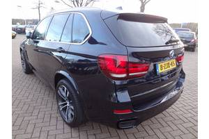 Четверть автомобиля BMW X5