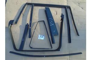 б/у Уплотнитель двери BMW X1