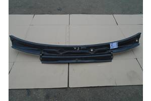 б/у Пластик под лобовое стекло BMW X3