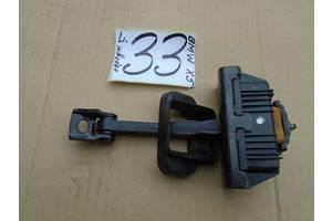 б/у Ограничитель двери BMW X5