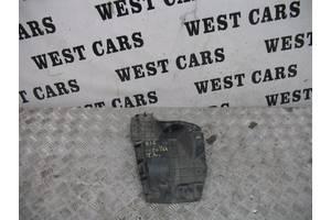 б/у Брызговики и подкрылки Toyota Corolla