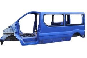 Четверти автомобиля Renault Trafic