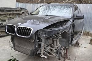 Четверти автомобиля BMW X5