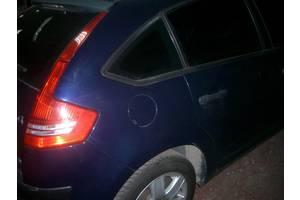 Четверть автомобиля Citroen C4