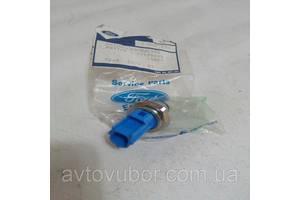 Нові Датчики тиску масла Ford Transit