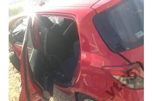 б/у Четверть автомобиля Toyota Yaris