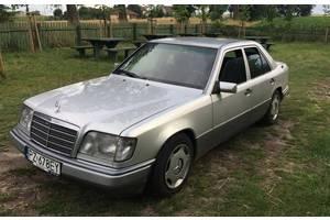б/у Бампер передний Mercedes 124