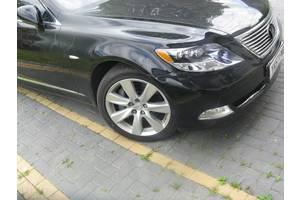 б/у Крыло переднее Lexus LS