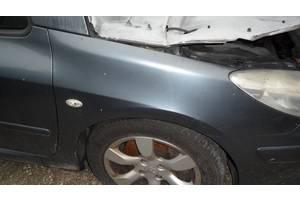 б/у Крыло переднее Peugeot 307