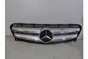 б/у Решётка радиатора Mercedes GLA-Class