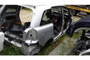 б/у Стойка кузова средняя Opel Zafira