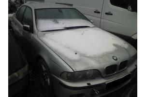 Двери передние BMW 520