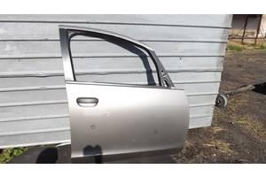 б/у Двери передние Mitsubishi Colt