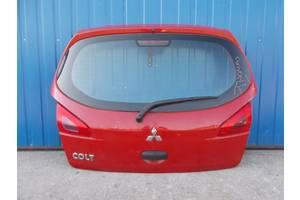 б/у Крышка багажника Mitsubishi Colt