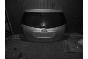 б/у Крышка багажника Toyota Verso