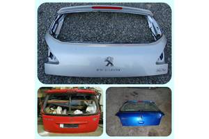 б/у Крышка багажника Peugeot 407