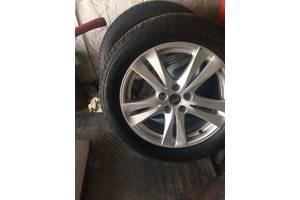 Новые диски с шинами Hyundai