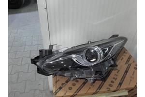 б/у Фара Mazda 3